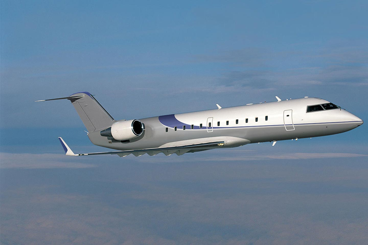 Private Charter Heavy Jet Challenger 850