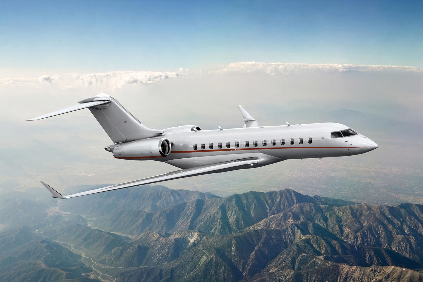Private Charter Heavy Jet (Long Range) Global 5000