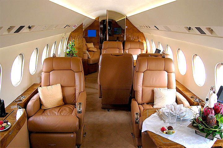 Private Heavy Jet Falcon 900 Interior