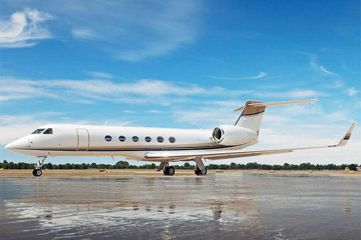 Private Heavy Jet (Long Range) Gulfstream V/VSP Exterior