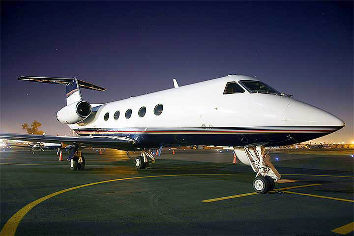 Private Heavy Jet Gulfstream III Exterior