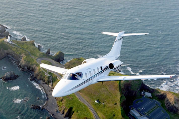 Private Light Jet Hawker 400XP Exterior
