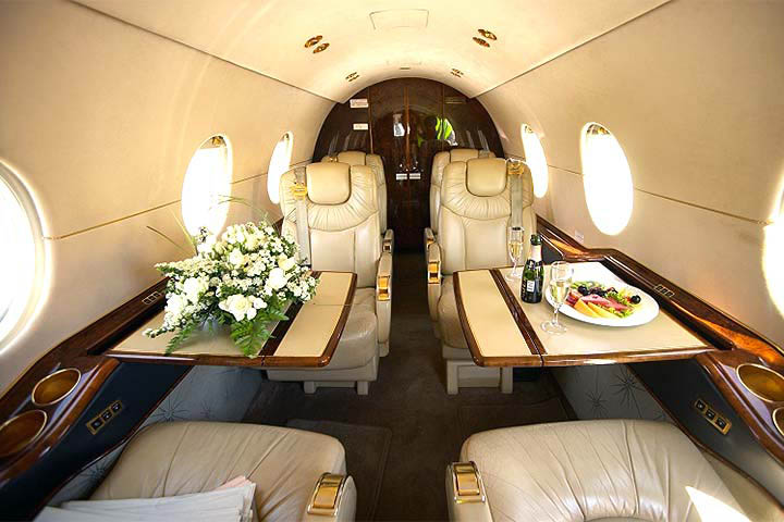 hawker 400xp available for jet charter rent a hawker 400xp