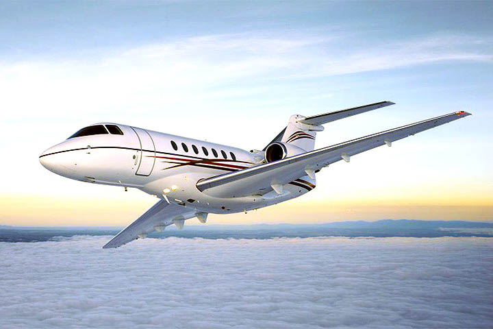 Private Super Mid Size Jet Hawker 4000 Exterior