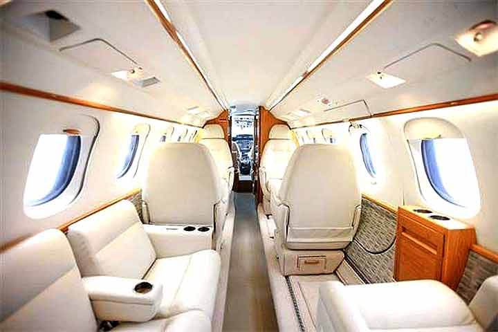 Hawker 700 / 750 Internal View