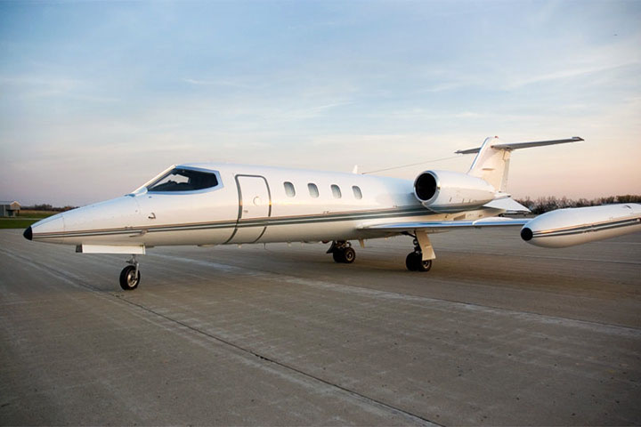 Private Charter Light Jet Lear 35