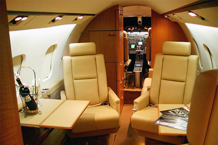 Private Mid Size Jet Lear 55 Interior