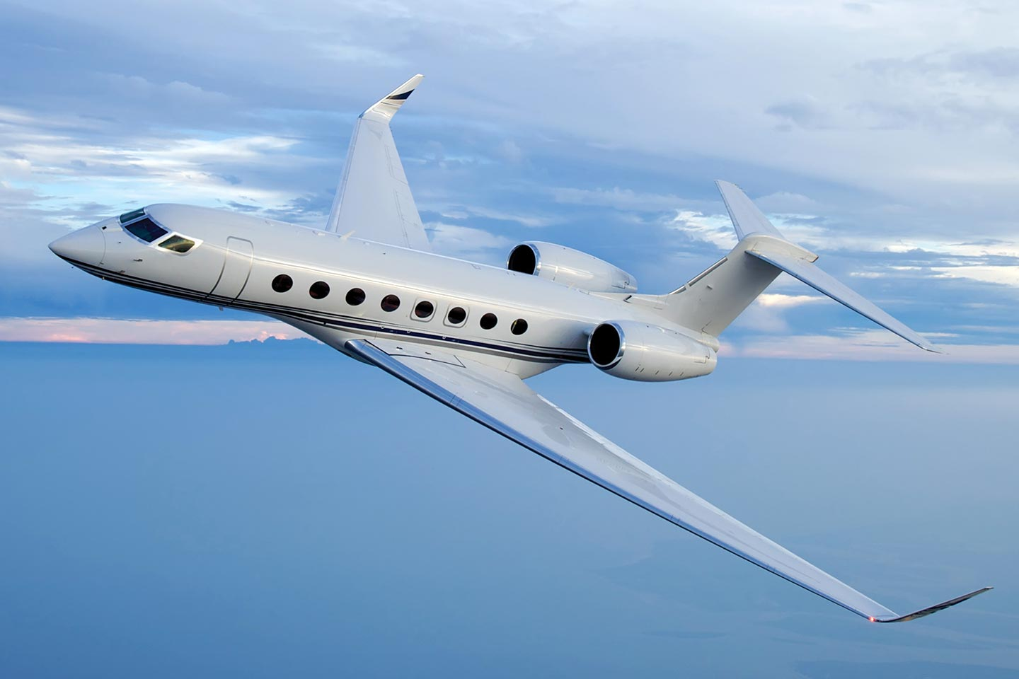 Private Charter Heavy Jet (Long Range) Gulfstream 650