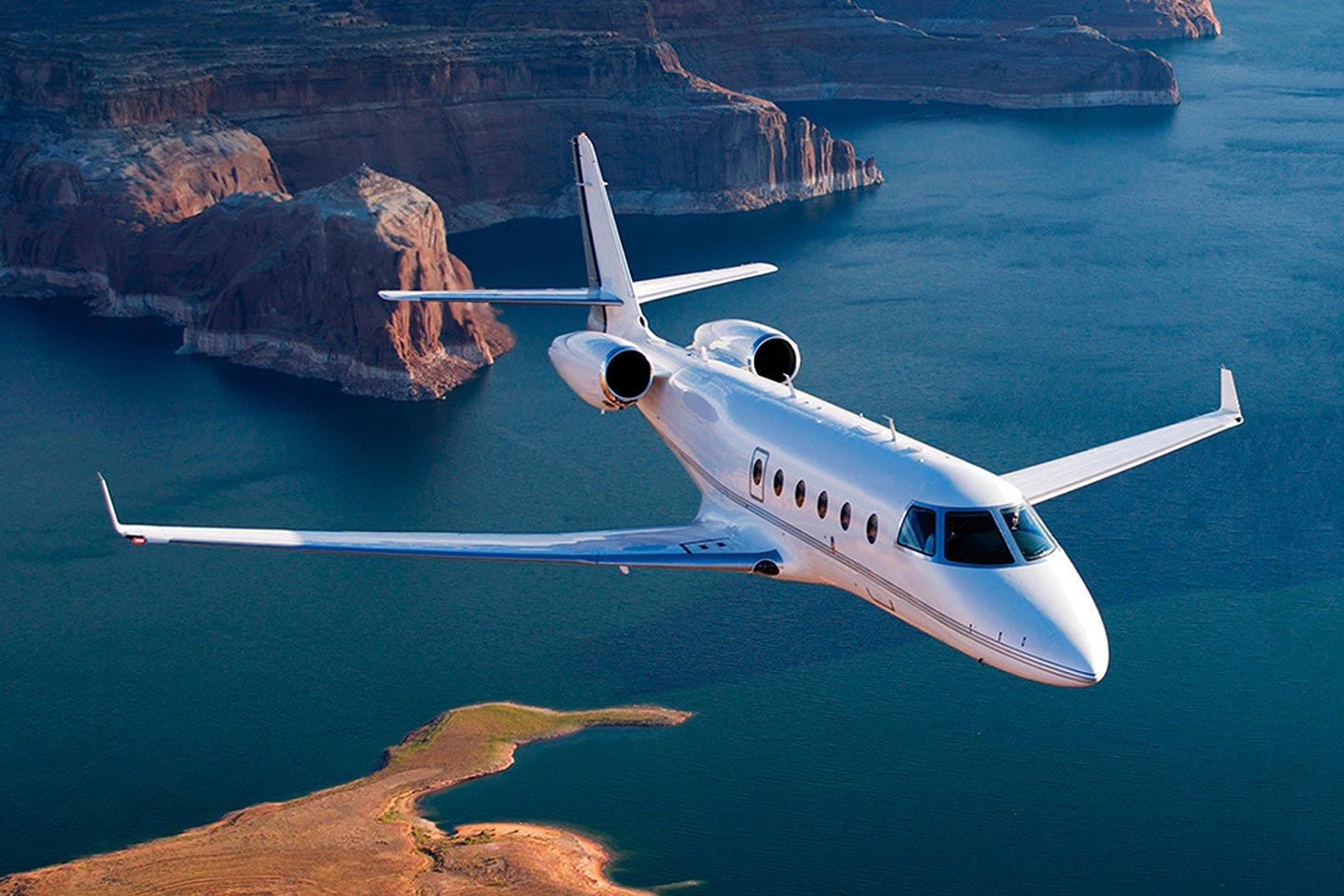 Private Mid Size Jet Gulfstream 150 Exterior