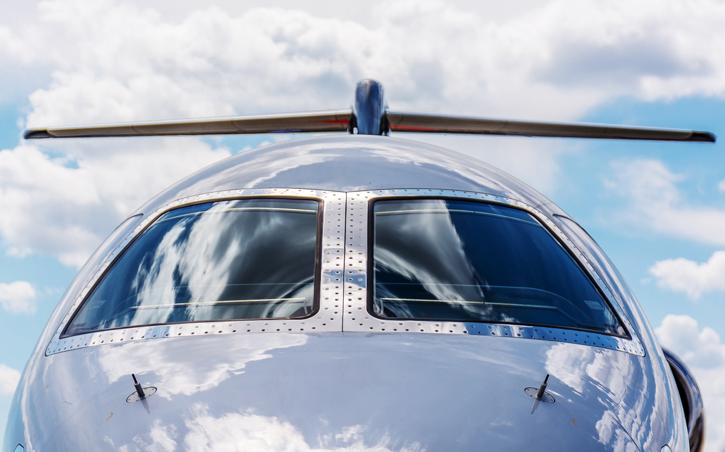 Privé Jets Featured in an Article on Worthly